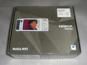 Telefono cellulare Nokia N95 completo + accessori