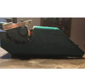 macchina da scrivere Olivetti STUDIO 45 vintage