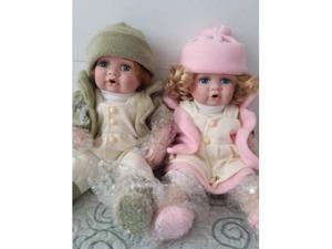 2 bambole da collezione Nuove