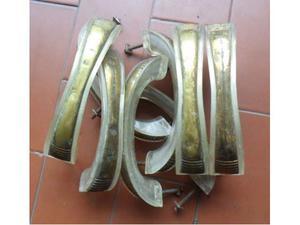 8 vechie maniglie per mobili ottone e viti in ferro -