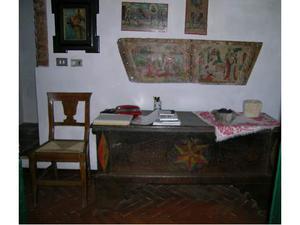Cassapanca marchigiana dipinta antica