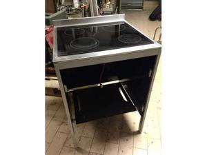 Cucina a induzione hoover con forno posot class - Cucina induzione con forno ...