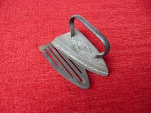 Ferro da stiro Antico fine 800