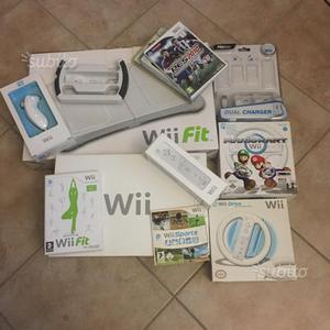 Nintendo Wii con accessori e videogiochi