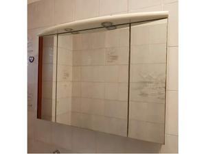 Pensile da bagno con specchio