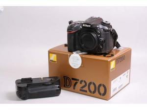 Fotocamera digitale reflex nikon d + bg. nital.