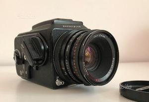 Hasselblad 500 CM con Zeiss Planar  CF