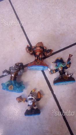 Gioco wii skylanders con 4 personaggi