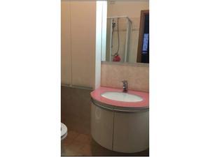 Mobiletto in legno laccato lucido con top in posot class for Vendo mobile bagno