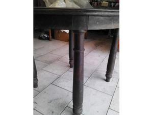 Tavolo rotondo in acciaio e vetro con 4 sedie in posot class for Coprisedia bianco ikea