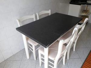Tavolo cucina in legno con 4 sedie abbinate