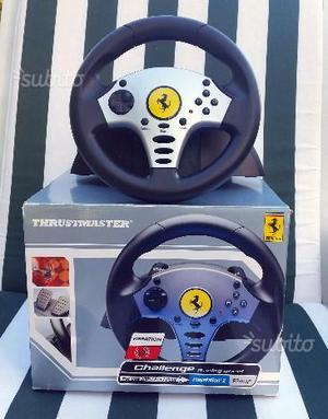 Volante e Pedaliera Thrustmaster Ferrari