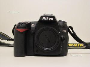 Nikon D90 body reflex digitale
