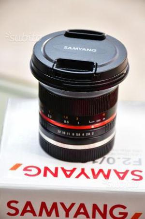 Samyang 20 MM per Sony E Mount