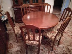 Tavolo e sei sedie, in noce Tanganica