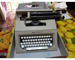 Macchina da scrivere olivetti lettera 25