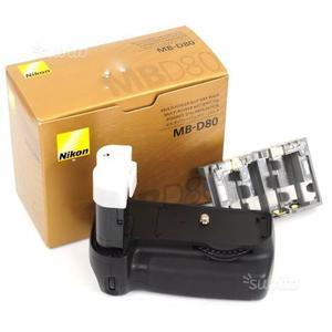 Nikon MB-D80 Battery Pack per D80, D90
