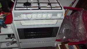 Stunning Cucine Ariston Forno Elettrico Ideas - Ideas & Design ...