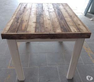 Tutto di legno vecchio posot class - Tavoli in legno vecchio ...