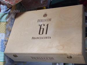 """Cassetta """"berlucchi 61 franciacorta"""""""