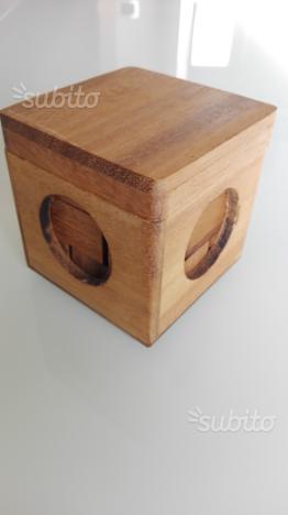 Cubo di legno da comporre