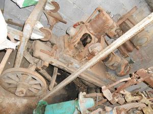 Motore con pompa per irrigazione d'epoca motopompa