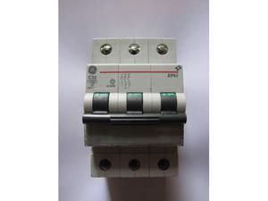 Magnetotermico AEG EP63 C32 3 poli