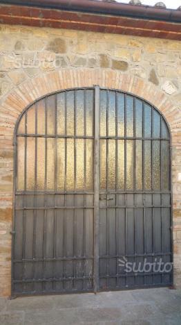 Cancello portone in ferro battuto