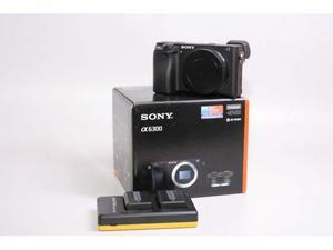Fotocamera digitale mirrorless sony a. demo. solo corpo.