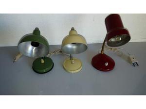 Tre lampade da tavolo anni 60, verde rossa e panna