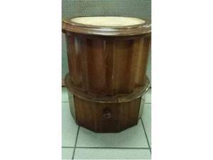 Water pitale vecchio in legno con cassetto