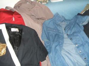 Scelta di lotti di abbigliamento donna