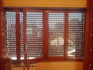 11 Finestre/porte in legno Douglas