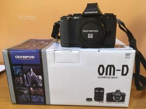 Fotocamera digitale mirrorless olympus om-d e-m5
