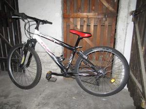 Robusta bella bicicletta mountain bike marca Olmo