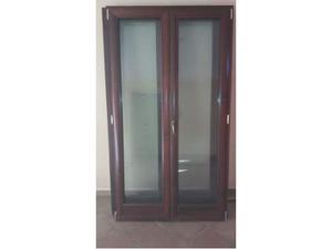 Infissi legno doppio vetro posot class for Altezza porta finestra