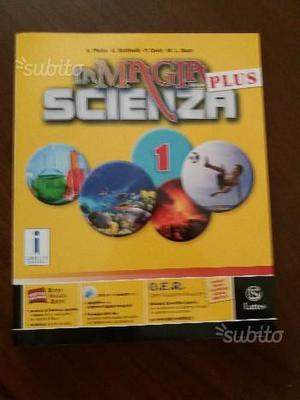 Libro scienze scolastico