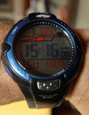 Orologio Konus maree ed uv sensor dual time