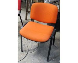 Vendo sedie da ufficio sala d attesa posot class for Sedie arancioni