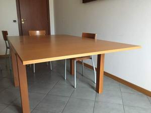 Tavolo allungabile in legno massello ciliegio più 4 sedie