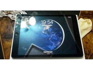 Ipad Air 16gb, wi- fi 4G. nero 240 trattabili