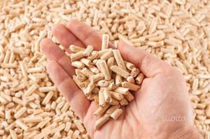 Vendita pellet in stock al sacco pellet posot class for Foto pellet