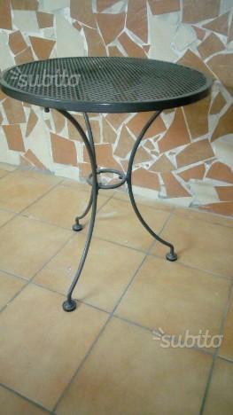 Sedie con tavolino ferro battuto