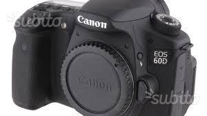 Canon EOS 60D con obiettivi e 2° batteria