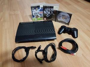 Play 3 Slim 500gb + joypad, accessori e tre giochi