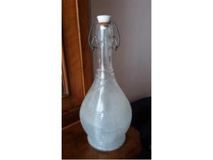 Bottiglia da vino (fiaschetta) in vetro
