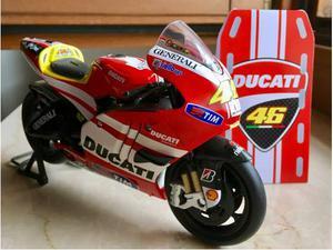 Ducati GP 11 Valentino Rossi