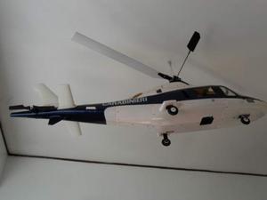 Elicottero carabinieri agusta a 109 e motore a scoppio