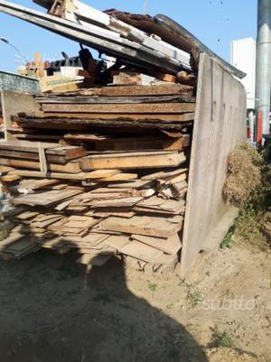Cavalletti per legna o altro vetri o granito posot class for Montacarichi per legna