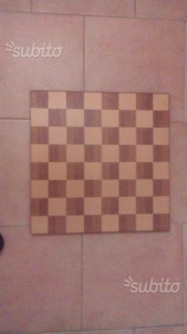 Scacchiera in legno(Dal Negro) con scacchi